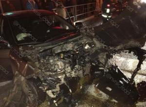 «На машины смотреть страшно»: в Геленджике столкнулись две иномарки