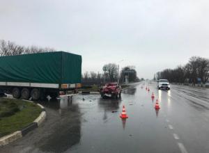 Маленький ребенок пострадал в ДТП с грузовиком на Кубани