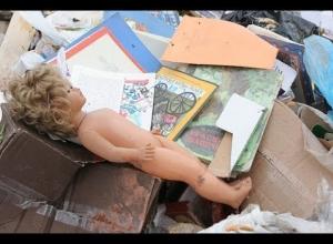 Женщина, выбросившая младенца после родов в мусорку, предстанет перед судом на Кубани