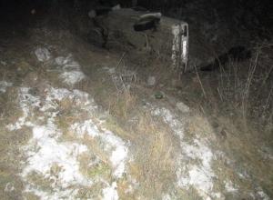 В Краснодарском крае опрокинулся автомобиль