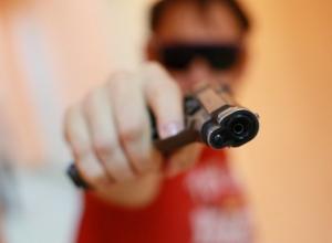 Анапчанин закончил спор с женой гранатой и пистолетом