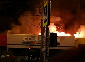 Стала известна предварительная причина возгорания нескольких салонов сотовой связи в Краснодаре