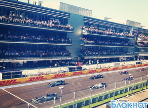 Британский автогонщик Льюис Хэмилтон выиграл «Формулу 1» в Сочи