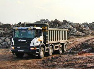 В Краснодаре строителей уличили за «недостойным» делом: фундамент для домов делают из мусора