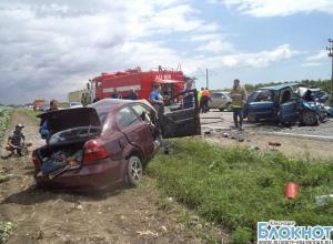 В Усть-Лабинском районе в аварии погибло три человека