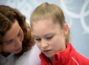 Олимпийская чемпионка Сочи Липницкая с треском провалила произвольную программу