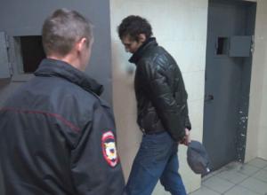 Грабители дважды за 15 секунд напали на свою жертву в Сочи – ЧП сняли на видео