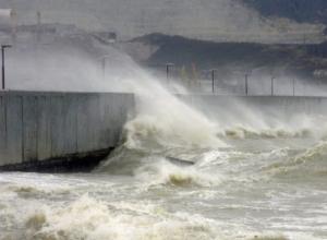 В Новороссийске порывы ветра днем достигнут 28 метров в секунду