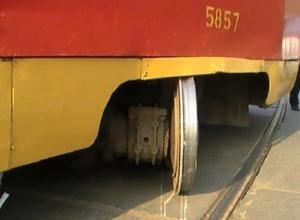 Краснодарский трамвай съехал с рельсов из-за технической неисправности