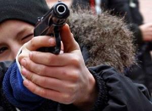 В Курганинске неизвестные украли пневматические пистолеты