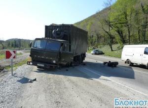 В аварии под Геленджиком погибла женщина