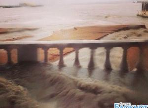 В Геленджике из-за сильных дождей произошло подтопление