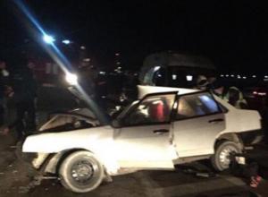 «И снова ВАЗ»: в жесткой аварии на Кубани погиб водитель отечественного автомобиля