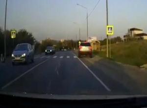 Иномарка сбила 12-летнего школьника на пешеходном переходе под Анапой