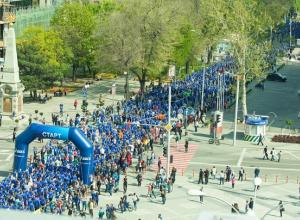 Пронеслись по Краснодару 5,5 тысяч бегунов