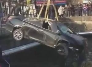Автомобиль сорвался в реку с «заколдованного» моста в Туапсе