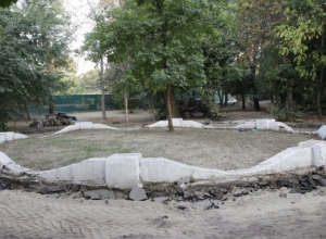 В Краснодаре начали ремонтировать Вишняковский сквер