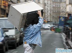 В Сочи мужчина украл морозильную камеру с продуктами