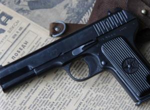 Пенсионерка застрелила дочь подруги и ее мужа на Кубани