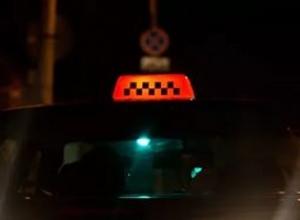 В Краснодаре таксист и его друг пробили клиенту голову кирпичом