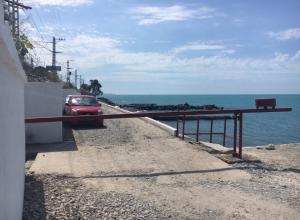 У сочинцев забрали «единственный» пляж: теперь вход доступен только чиновникам