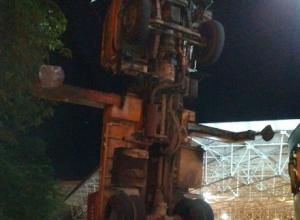 «Трансформер»-автокран встал на дыбы в Сочи