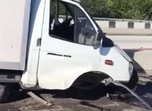 ДТП в Сочи спровоцировало трехчасовую пробку