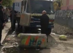 «Новый сезон битвы за проезд»: в Краснодаре убрали бетонные блоки между Селезнева и Ставропольской