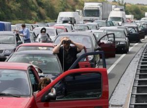Открытие Керченского моста парализует движение в Краснодарском крае