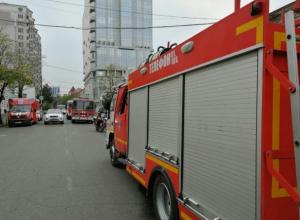 Из горевшего дома на Димитрова в Краснодаре эвакуировали 12 человек
