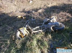 В Краснодарском крае поезд сбил двух человек