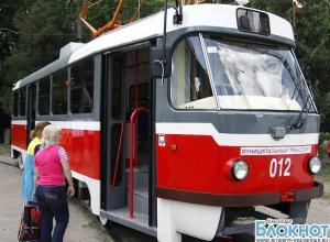 В Краснодаре мужчина покончил с собой, бросившись под трамвай