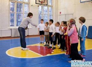 В сочинской гимназии на уроке физкультуры умер второклассник
