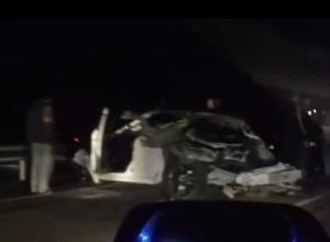 На Кубани в ДТП с «КамАЗом» погибли водители двух иномарок