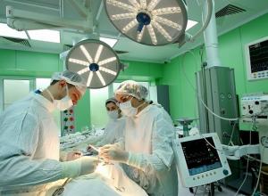 Пациента с редким видом онкологии спасли врачи Краснодарского края