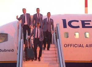 Сборная Исландии прилетела в Геленджик