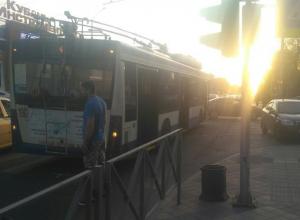 ДТП с троллейбусом вызвало многокилометровую пробку в Краснодаре