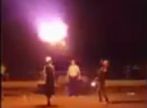 На Кубани пытались сжечь полицейского на нелегальном файер-шоу
