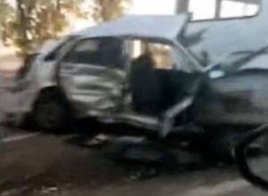 В Сети появилось видео жуткой аварии с пятью машинами на Кубани