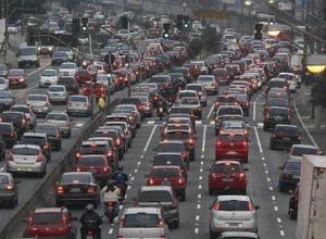 Еще три года привычных пробок на дорогах ждет жителей Краснодара