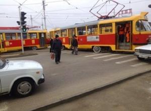 В Краснодаре трамвай сошел с рельсов