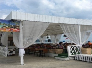 На набережной в Сочи снесут несколько кафе и магазинов