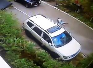 Сбили девочку во дворе Новороссийска