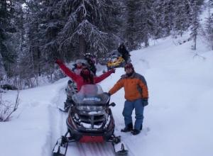 Зимние туристские маршруты на снегоходах открылись в горах Сочи