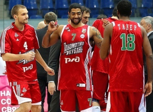 Баскетболисты из Краснодара уверенно обыграли «Красный Октябрь»