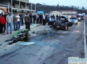 В Туапсинском районе мотоциклист на полной скорости влетел в «жигули»