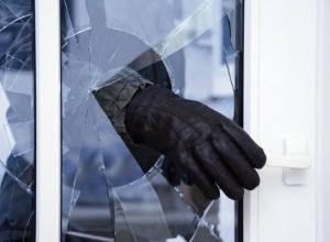 Мужчина забил монтировкой свою соседку в Каневском районе из-за денег
