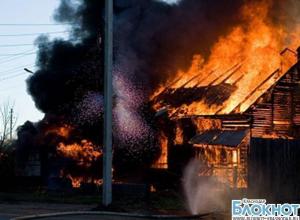 Гулькевичи: при пожаре в садовом домике погибли 4 человека