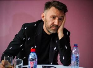«До встречи в Сочи!»: Шнуров посвятил стихи Акинфееву, а его обвинили в богохульстве