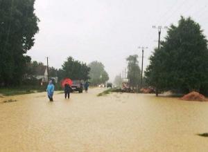 Затопило восток Кубани из-за сильных ливней